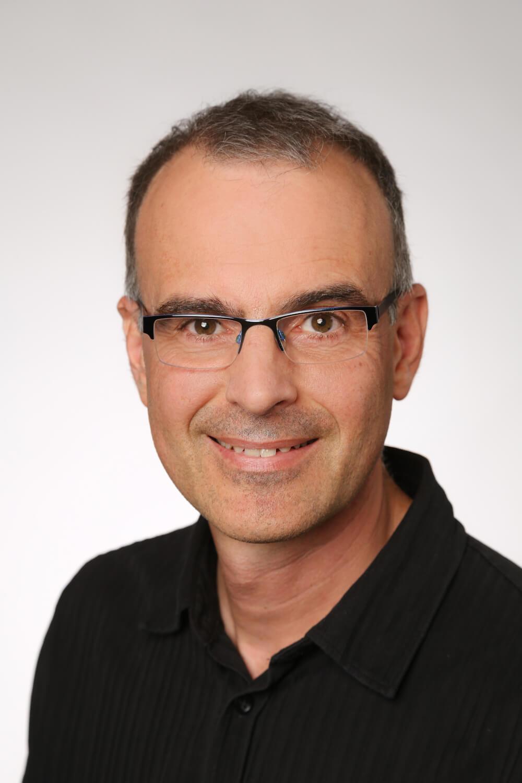 Sprachentrainer Bernhard Hirschmann